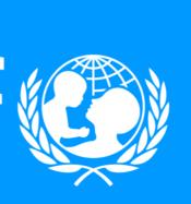 blauer Hintergrund mit weisser Aufschrift, Unicef-Logo mit Schrift und schematischem Bild eines Erwachsenenkopfes der ein Kind hält
