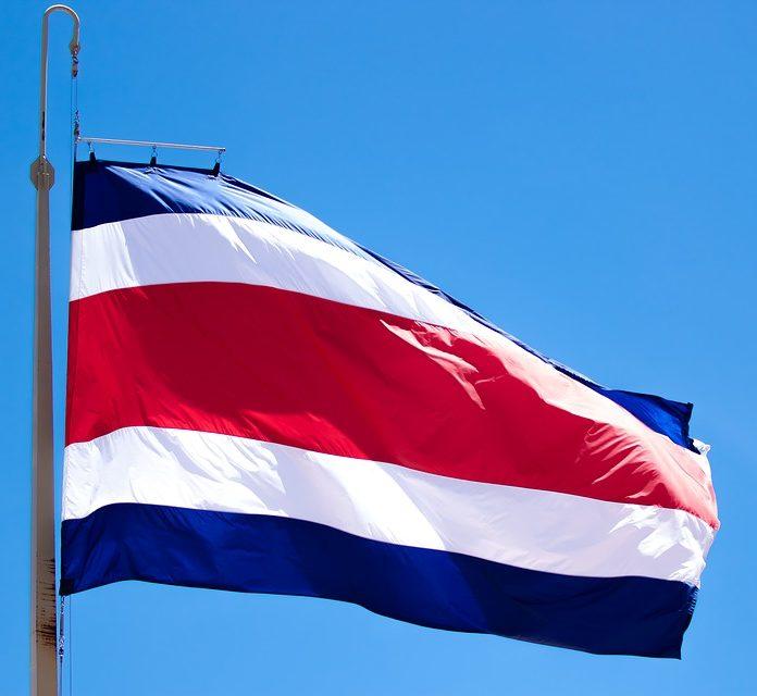 Fahne von Costa Rica, blau-weiss-rot-weiss-blau